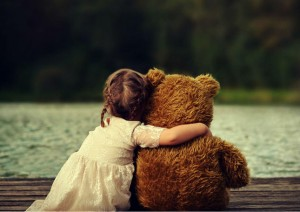 cute-child-girls-with-teddy-bear-picture_1454163510